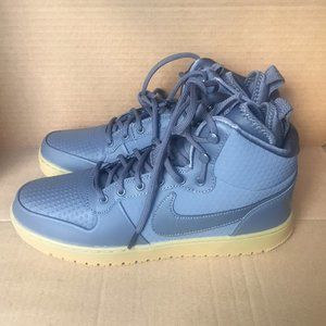 Nike Court Borough Mid Winter**NEW**
